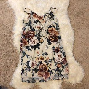 New XS Midi Flower Dress